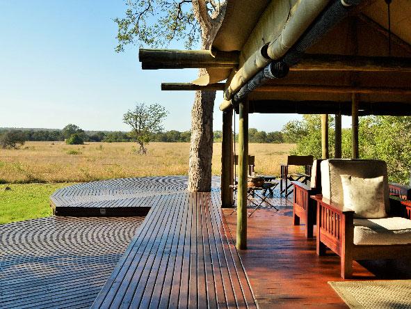 Safari lounge and deck