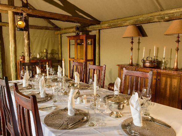 Plains Camp, dining table