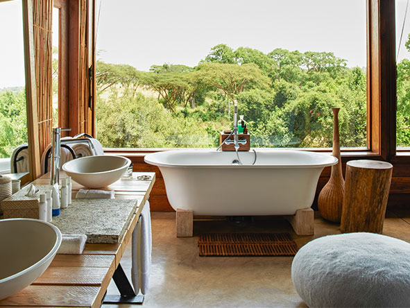 en-suite bathtub with a view