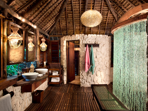 En-suite bathroom, Mnemba island lodge