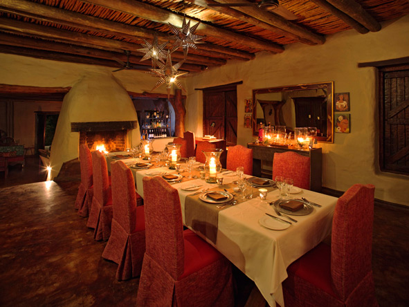 romantic dining, Phinda Rock Lodge