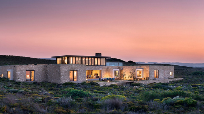 Africa's Top 10 Ultra-Luxurious Hotel Suites - Morukuru Ocean House