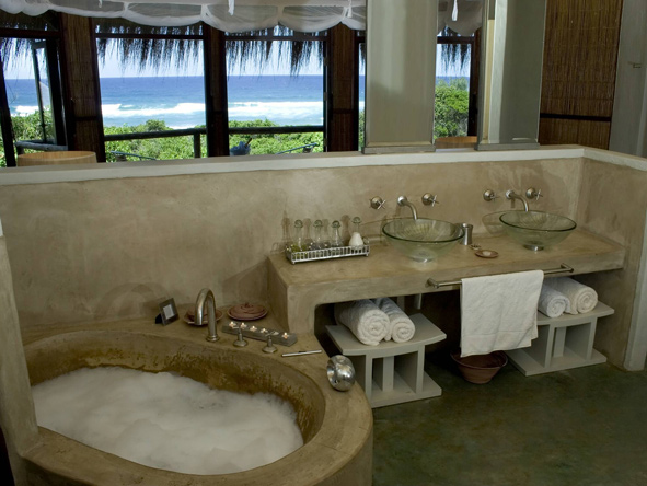 en-suite suite at Thonga Beach Lodge
