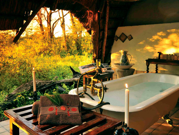 Romantic outdoor bathtub