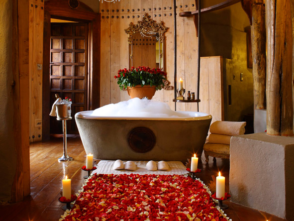 Ngorongoro Crater, romantic bathtub