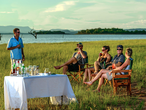 Safari drinks, lake kariba