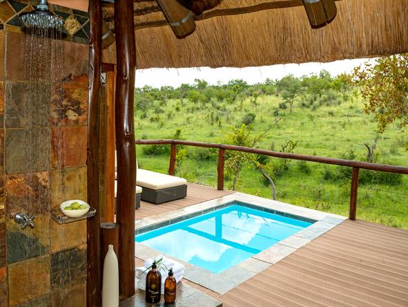 Honeymoon Suite, private swimming pool