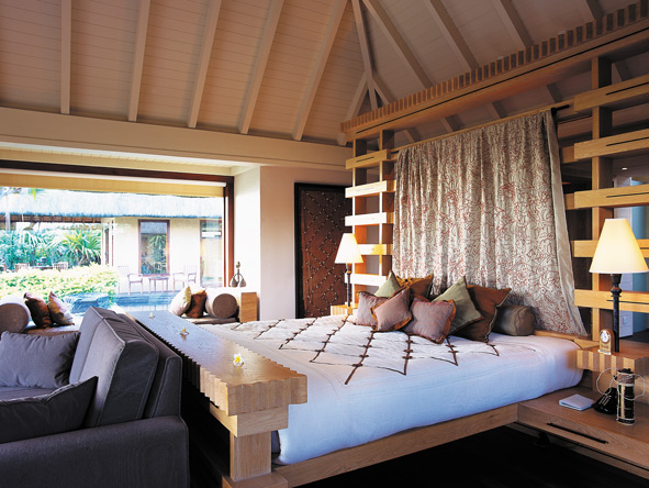 The Oberoi, Mauritius, bedroom suite