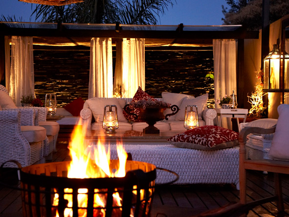 outdoor lounge, The residence