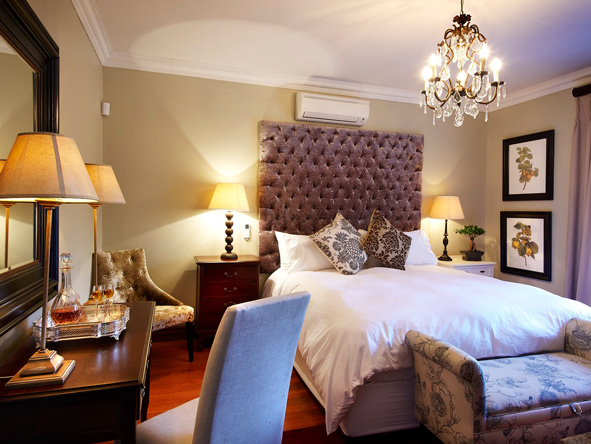 bedroom suite, the residence