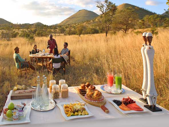 Bush breakfast, Kenya