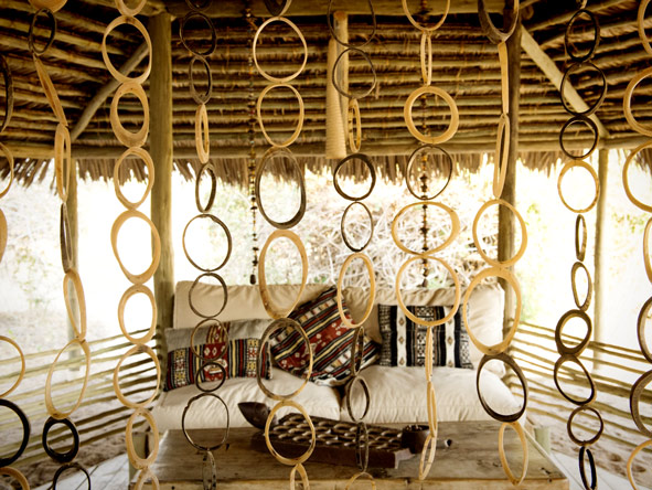 Kigelia Camp, natural decor
