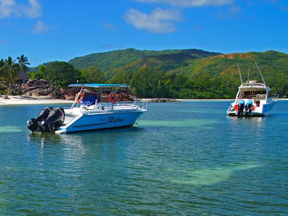 Speedboat, Praslin Island