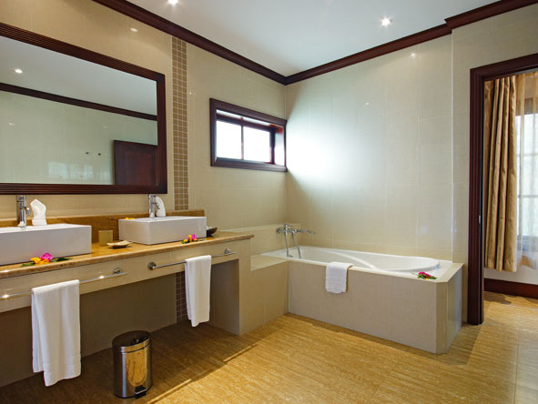 Modern en suite bathrooms at Hotel L'Archipel