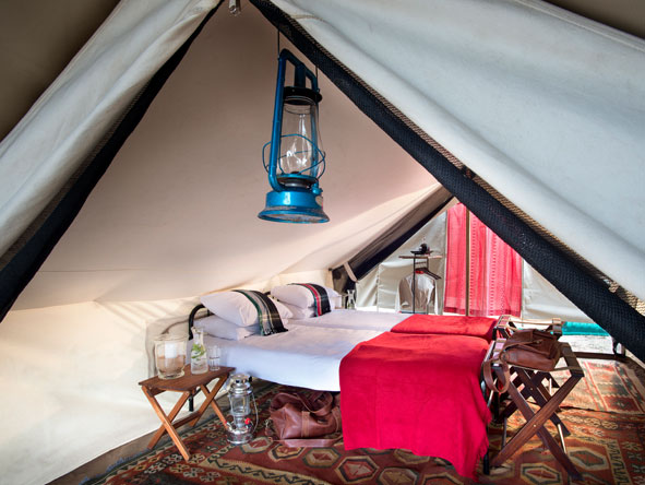 Tented bedroom, Tanda Tula