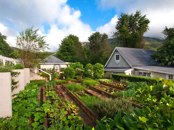 vegetable garden, Cleopatra Mountain Farmhouse