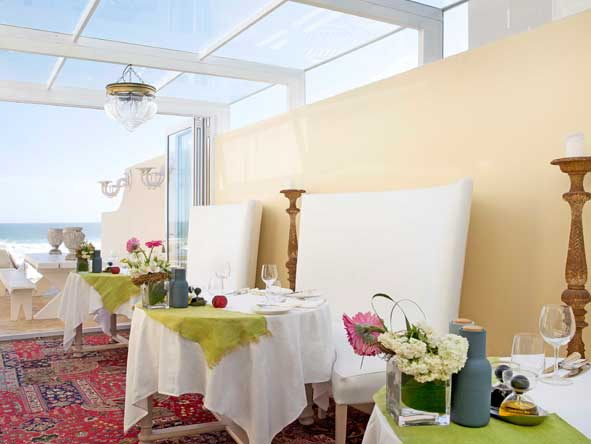 terrace dining room