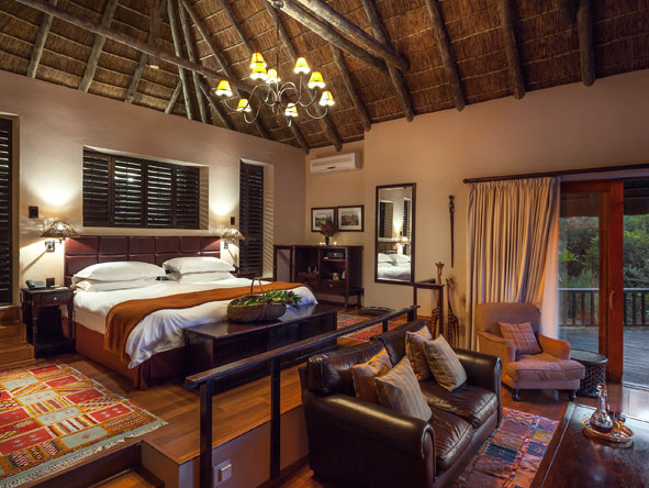 Bedroom suite at Kichaka Private Lodge