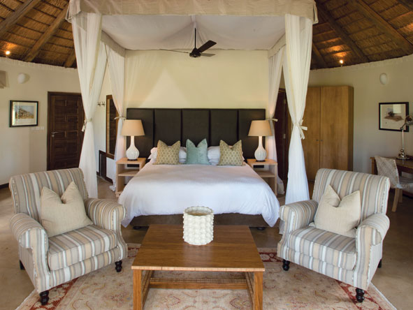 bedroom suite, Lilayi Lodge