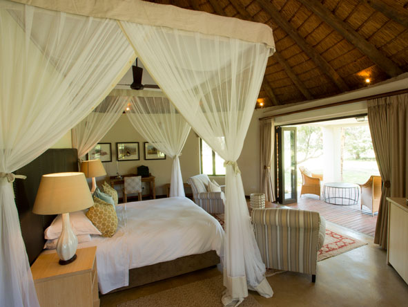 bedroom suite at Lilayi Lodge