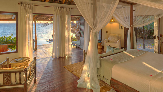 Azura @ Quilalea - Most Romantic Beds in Africa