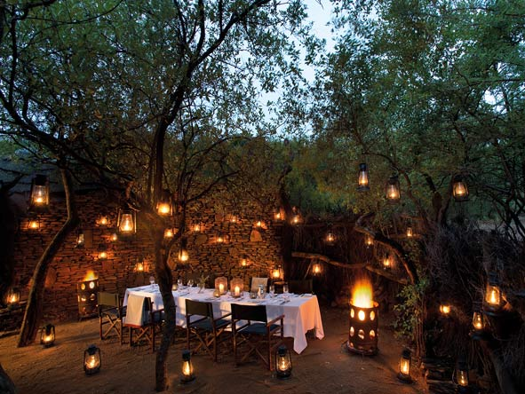 outdoor dining around the boma