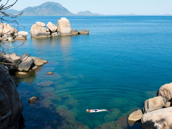 fresh-water snorkelling and diving, lake malawi