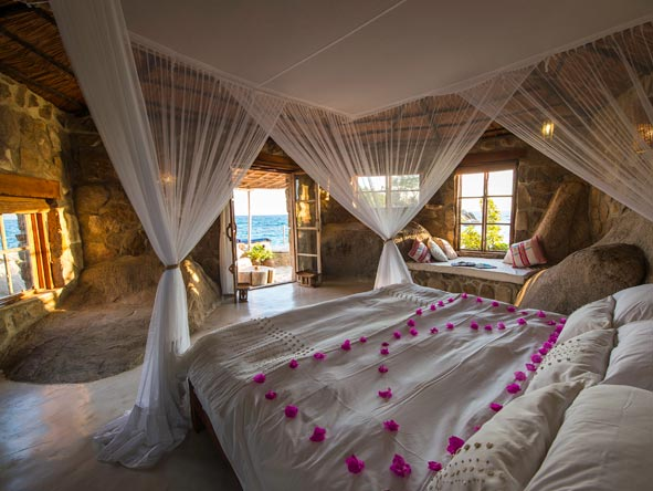 Kaya Mawa Lodge, bedroom suites