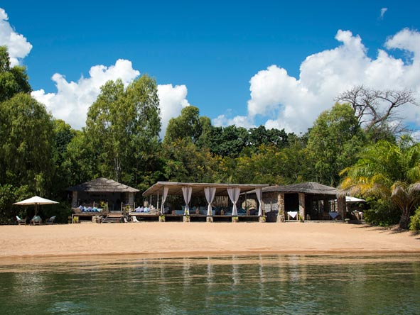 Kaya Mawa Lodge, lake malawi
