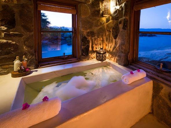bubble bath, kaya mawa lodge