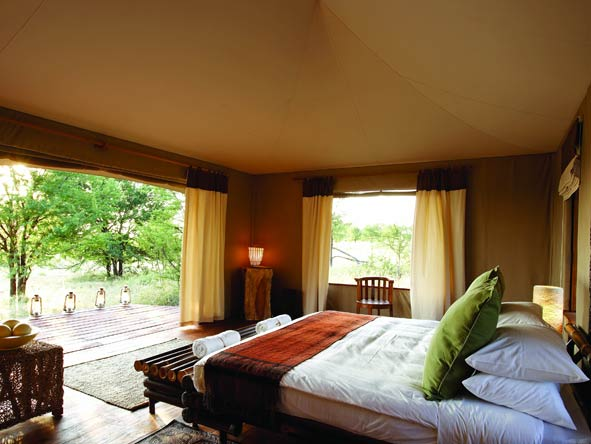 Sayari Camp, bedroom suite