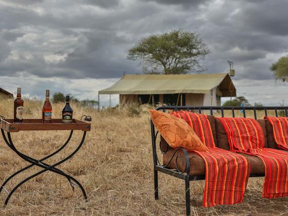 Nasikia Mobile Migration Camp - In the bush