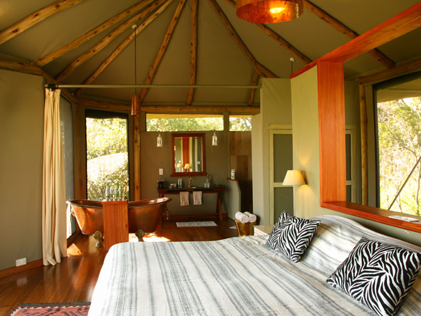 honeymoon suite at Sala Camp