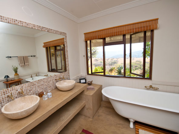 en suite bathroom, Fugitives Drift Lodge