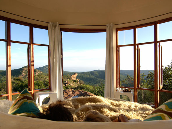 The Eyrie, honeymoon suite