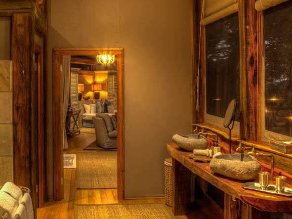 Camp Okavango, wooden interior