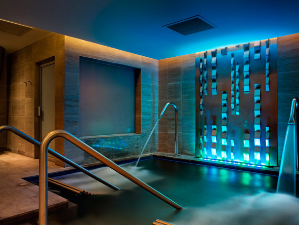 hotel's spa, vitality pool, fitness centre
