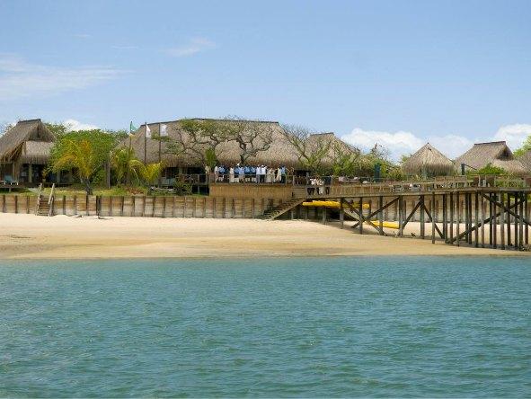 Dugong Beach Lodge