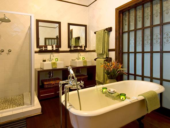 Audacia Manor - bathroom 2