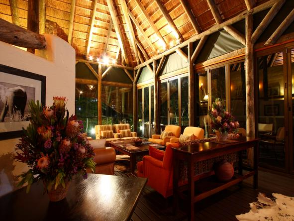 Bayethe Tented Lodge - Lounge