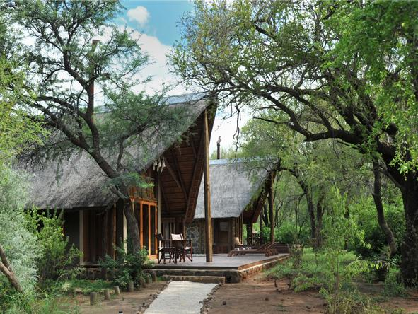 Black Rhino Game Lodge - Exterior