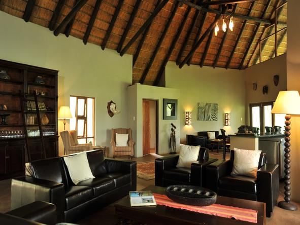 Black Rhino Game Lodge - Lounge