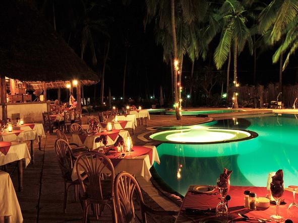 Blue Bay Beach Resort - Poolside