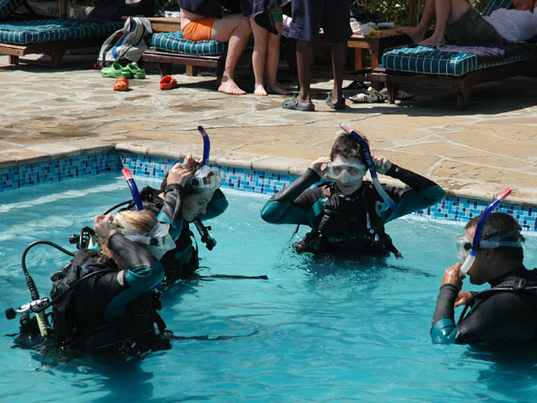 Bonita Cronje - learning how to scuba dive