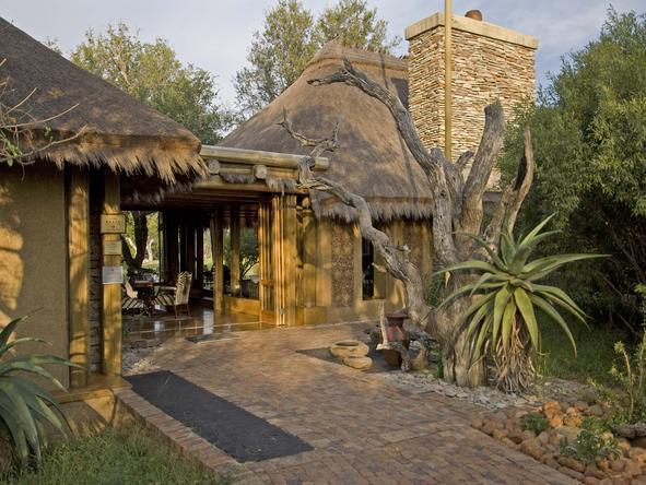 Camp Jabulani - Lodge