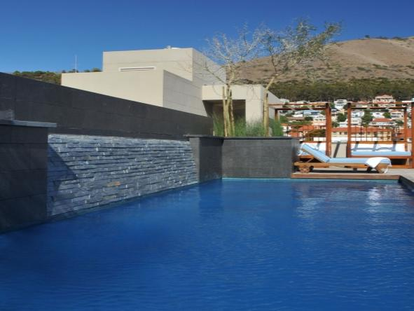 Cape Royale Luxury Hotel and Residence - Pool