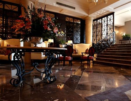 Cape Royale Luxury Hotel and Residence - Entrance Hall