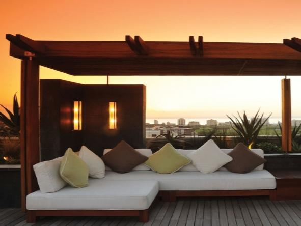 Cape Royale Luxury Hotel and Residence - Roof Top