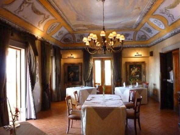 Castello Di Monte - Dining Hall