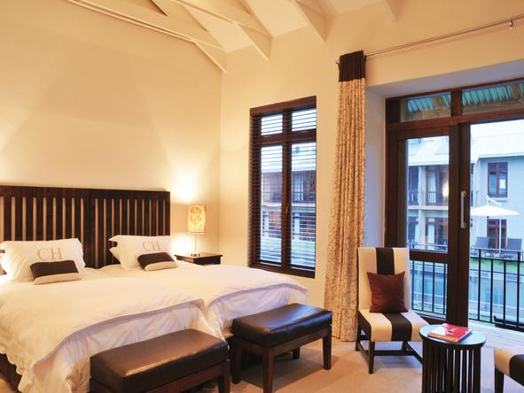 Casterbridge Hollow Boutique Hotel - Bedroom